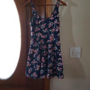 NEW Hollister Dress Size M